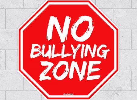 """Cominciamo dalla parola """"BULLYING"""". Il bullismo è … ne parliamo con la Dottoressa De Ponte"""