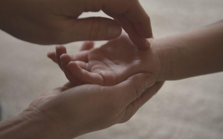 SHIN SO SHIATSU –  BOWEN – NIROMATHE   TUINA PEDIATRICO : trattamenti per il benessere e il riequilibrio psicofisico di adulti e bambini. Di che si tratta?Ne parliamo con Katiuscia Morgese, Operatrice Olistica